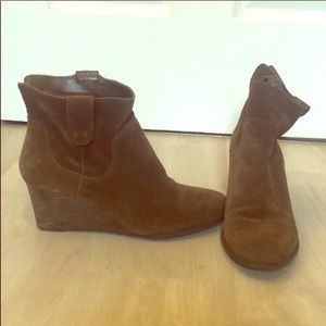 Lucky 🍀 Brand Brown Suede Wedge Booties Sz 8B